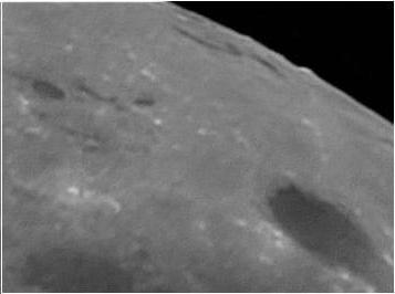 Lunar limb in vicinity of Lacus Autumni 2009.XII.31.2215